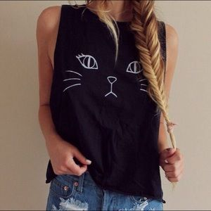 Brandy Melville Cat Face Muscle Tee
